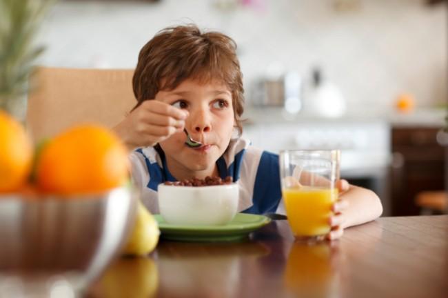 Hentikan Hiperaktif Dengan Makanan Non Kimia